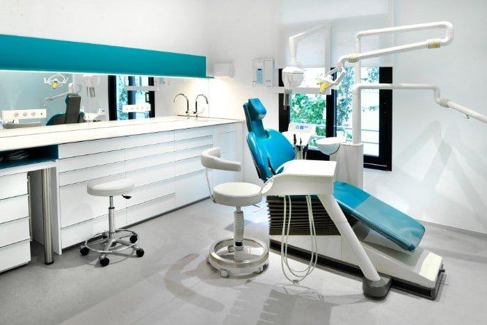 5 Tips para Elegir una Clínica Dental o Dentista en Barcelona