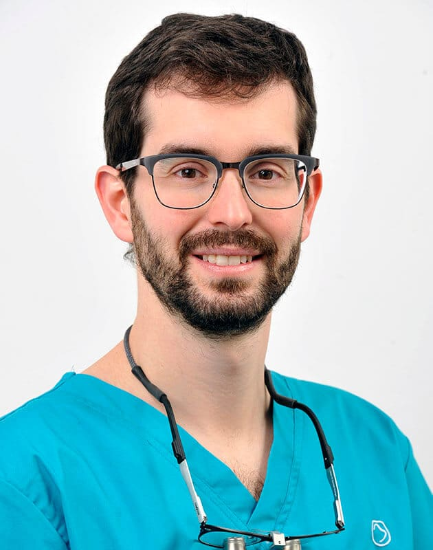 Dr-Javier-Roldan