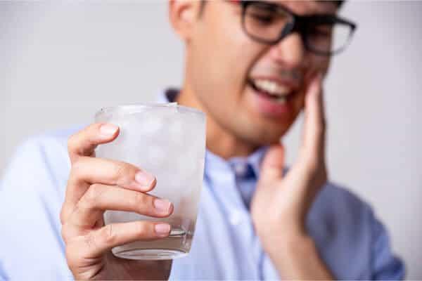 hielo afectando a la sensibilidad dental